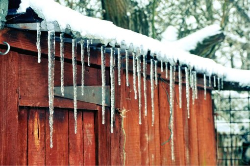 melting-icicles-by-david-pilbrow